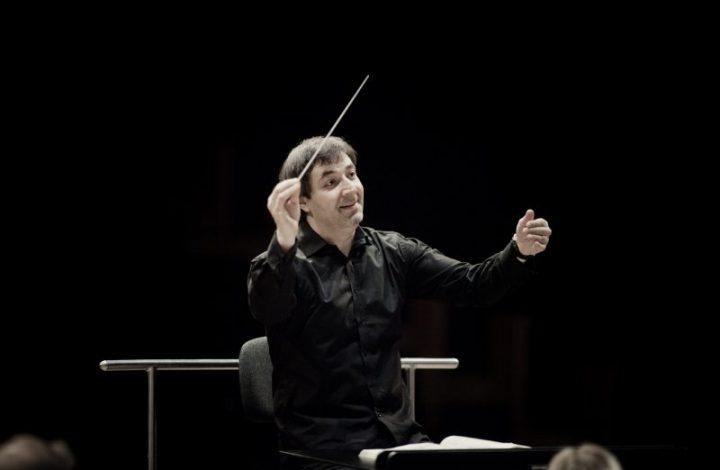 DanielRaiskin-conducting008