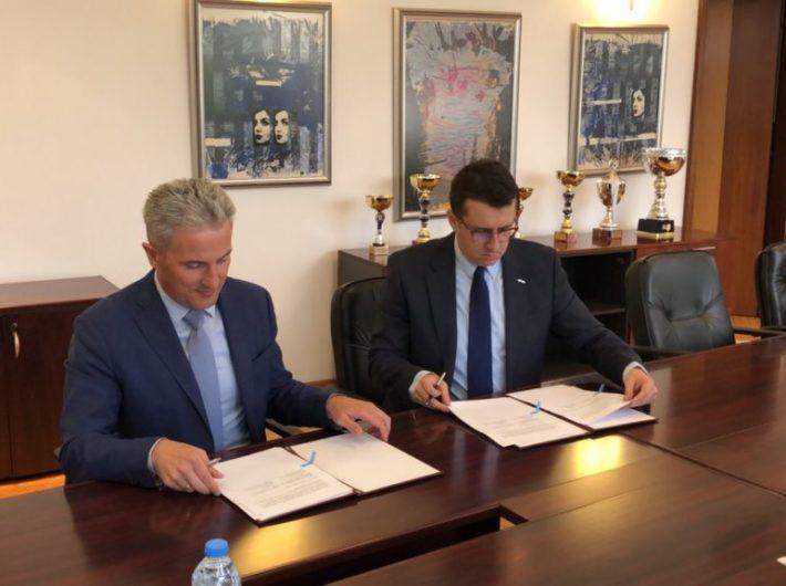 01_BAT & Carinska Uprava na RM potpisaa Memorandum za Sorabotka_17.05.20…